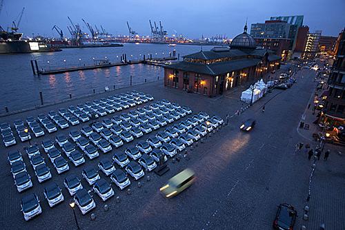 Car2go in Hamburg: aufgestockt, weil sehr erfolgreich. Bild: Daimler