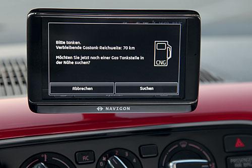 Elektronik hilft: auch beim Tanken. Bild: Volkswagen.