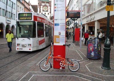 Stadterkundung mit Straßenbahn und Rad